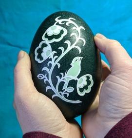 Elizabeth_Goss_Eggs_papercuts_emu